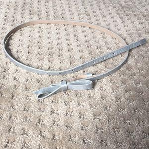 Silver bow belt